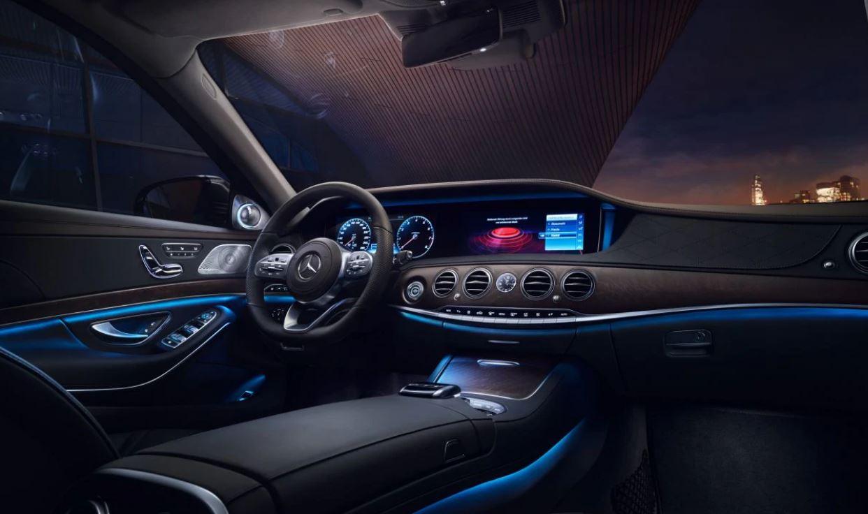 Scopriamo la nuova Mercedes Classe S, MBUX