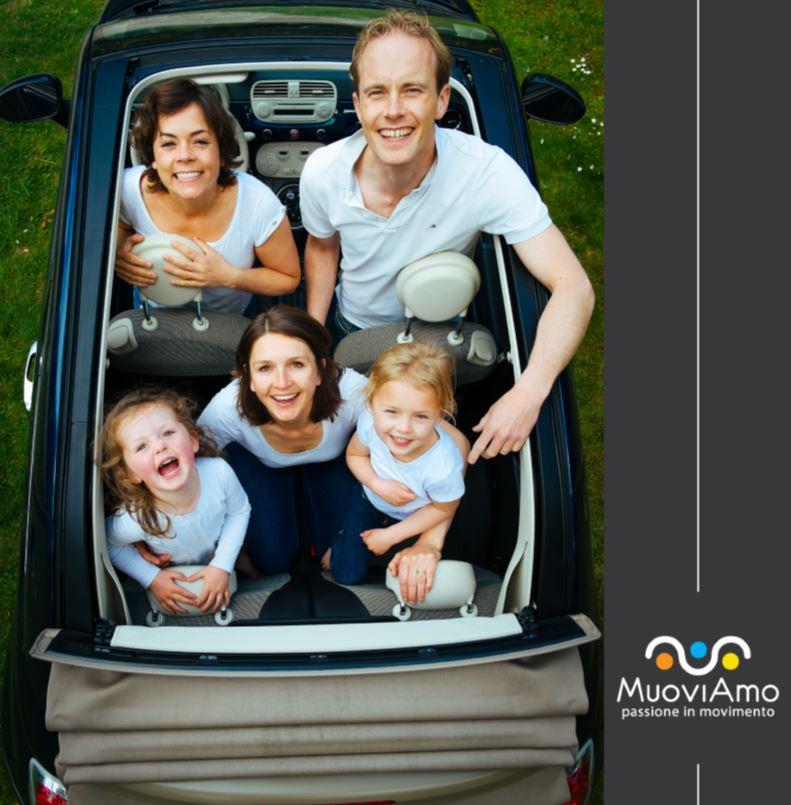 Viaggi in auto, consigli e nuove normative sui bambini