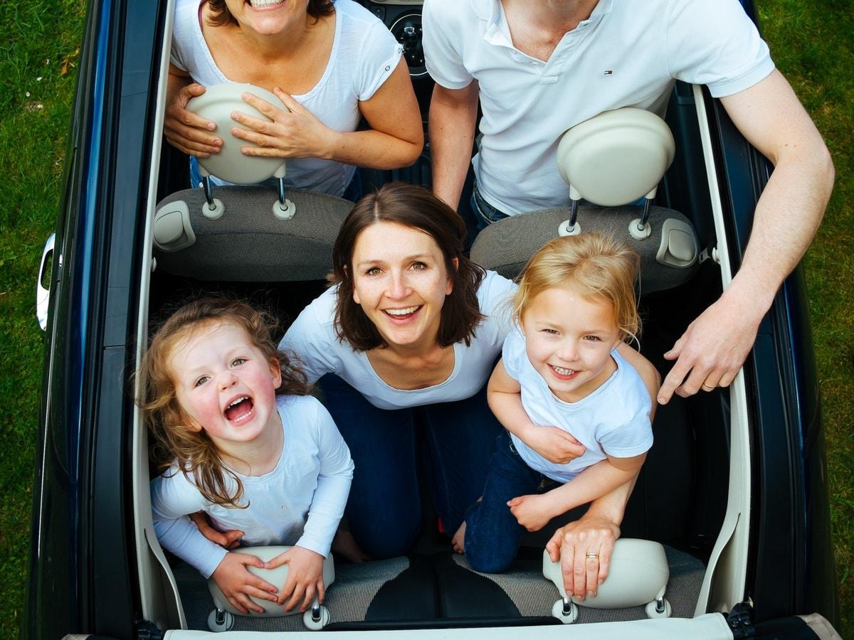 Giochi da fare in auto con la famiglia